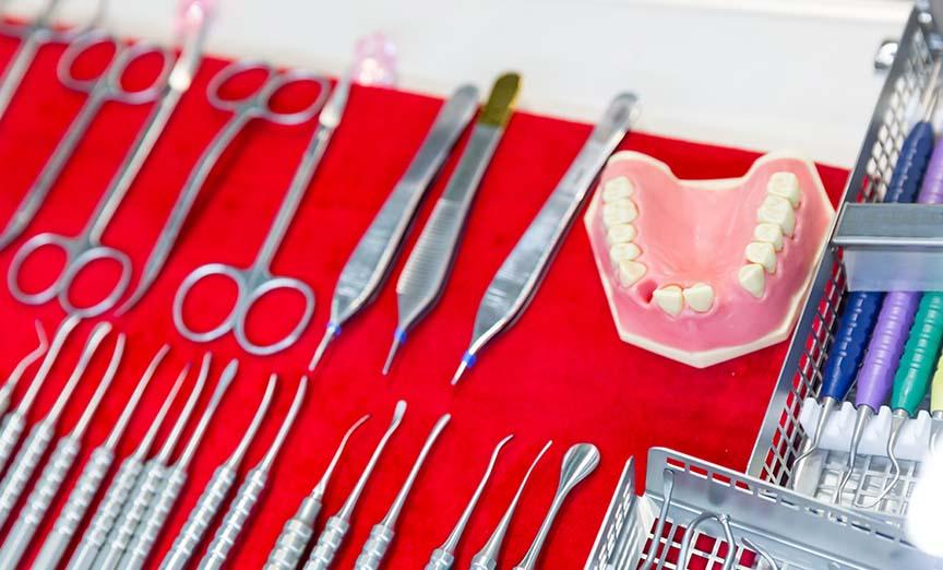 Regarnissage de prothèse dentaire dans Lanaudière - Denturologiste Sylvain Perreault à Joliette
